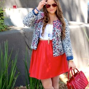 Jackets & Blazers - Printed Cropped Jacket!